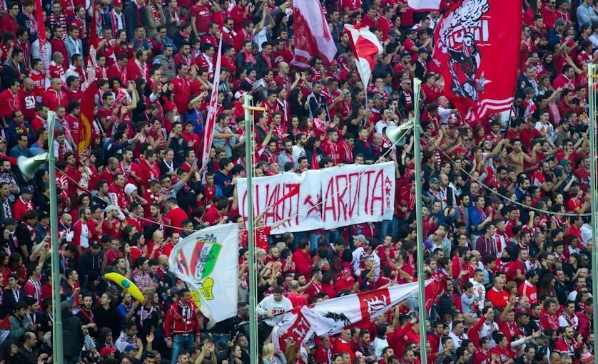 Το πανό των οπαδών της Perugia