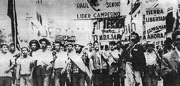 Η Ουρουγουάη της δεκαετίας του '60 και οι σκληροί ταξικοί αγώνες των αγροτοεργατών με οργανωτή τον Σεντίκ, αποτέλεσαν το πλαίσιο γέννησης των Τουπαμάρος