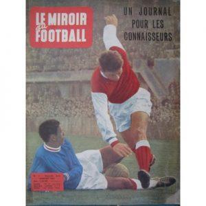 Το πρώτο τεύχος του Miroir Du Football, περιοδικού που ιδεολογικά τοποθετείται στο χώρο της κομμουνιστικής αριστεράς
